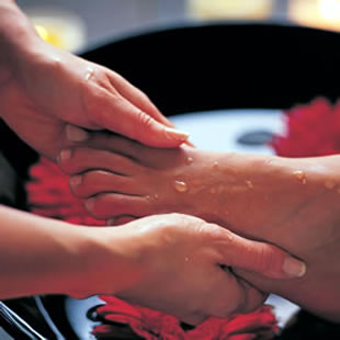 Foot massage at Holbrook House