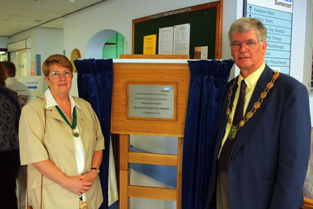 The Mayor and Mayoress of Wincanton, Gill and Richard D'Arcy
