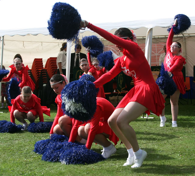 Castle Cary Cygnets cheerleading squad