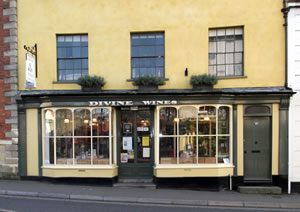 Divine Wines, currently displaying an exhibition of Margaret Kelly's paintings.
