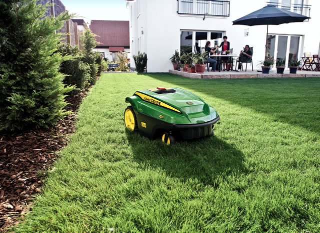 Gardeners In Wincanton Can Mow The Lawn At Their Leisure
