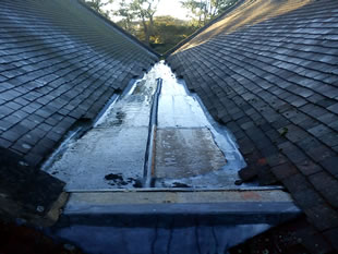 Lead missing from Templecombe church roof