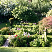 Snape Cottage Garden in Bourton to Close