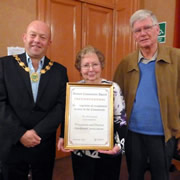 Wincanton Gardeners' Assoc. receives Community Award for 2016