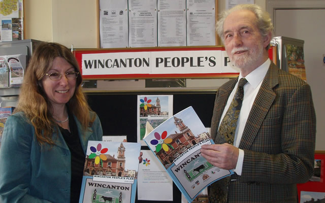 Colin Winder and Jonquil Lowe at the launch of the Wincanton People's Plan