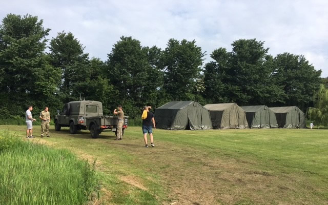 1 Regiment Army Air Corps putting up the tents