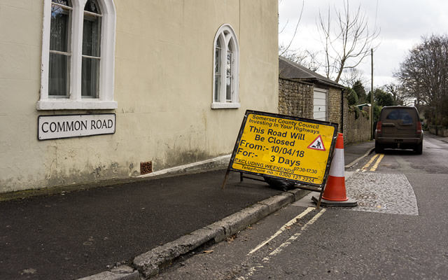 Road closure notice at the top of Common Road, Wincanton
