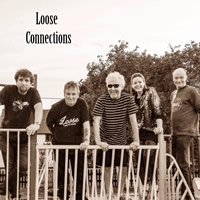 FREE LIVE MUSIC: Loose Connections at Wincanton Sports Ground